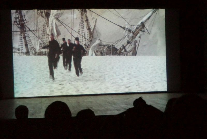 im Kino © Jörn Staeger